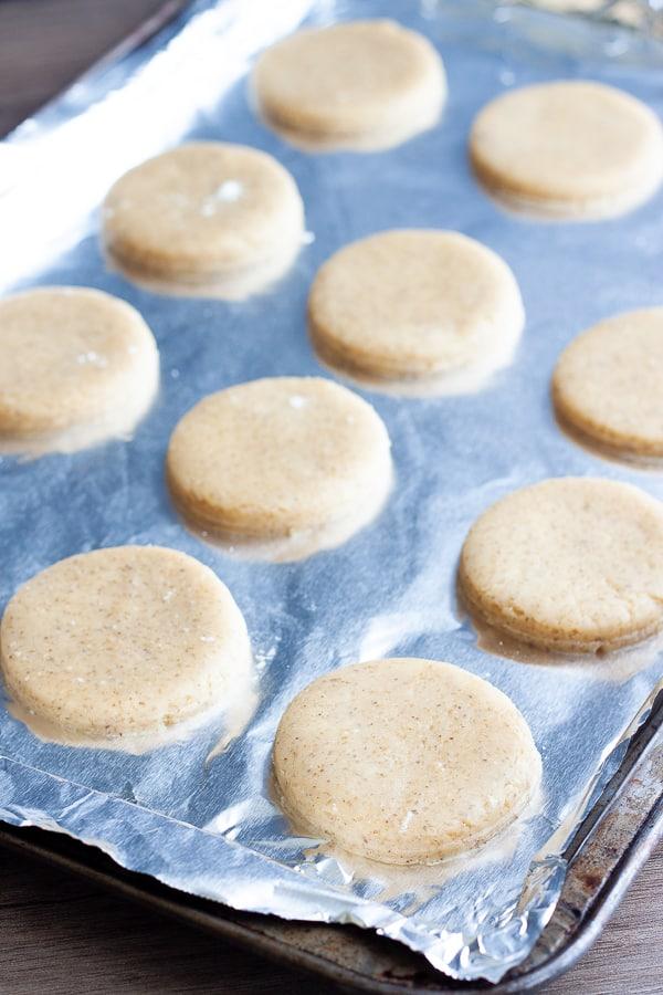 vegan-sugar-cookies-baked