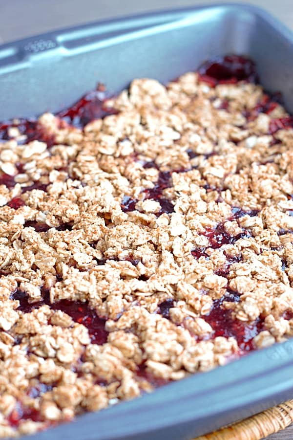 raspberry-oat-bar-baked