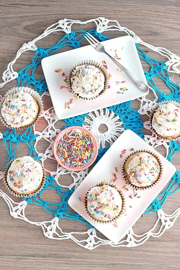 vegan-vanilla-cupcake-layout