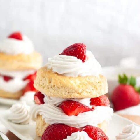 Simple Vegan Strawberry Shortcake