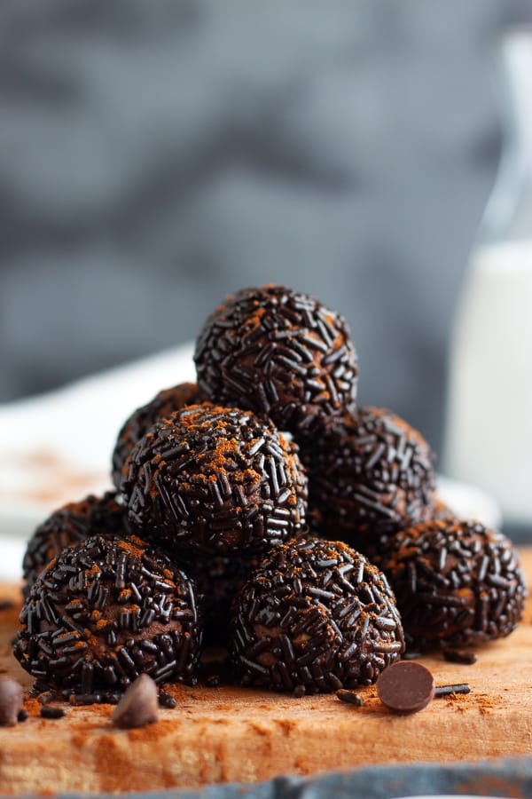 Easy Vegan Truffles