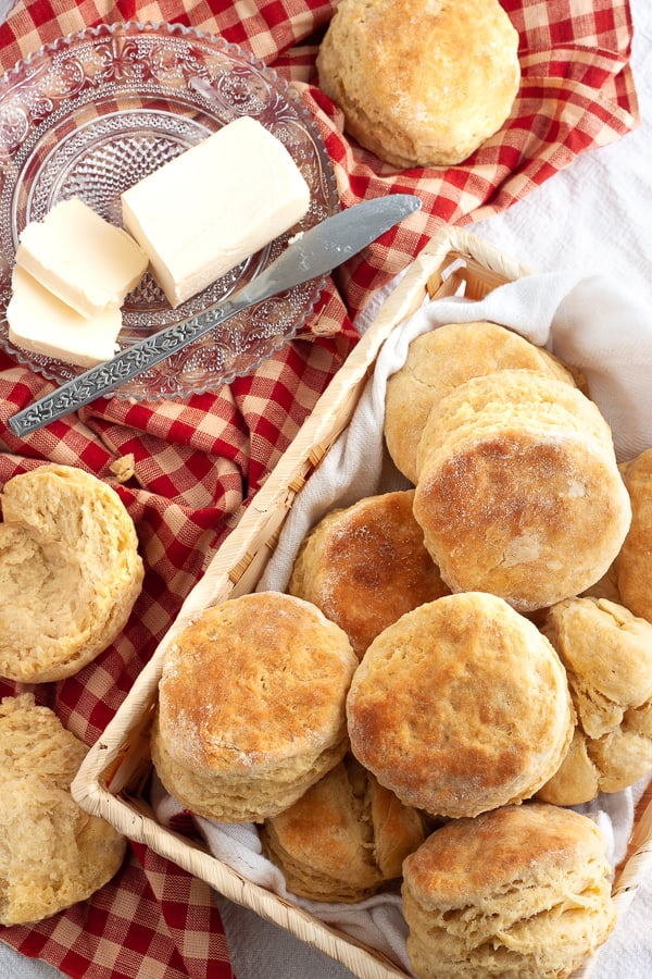 Vegan Buttermilk Biscuits