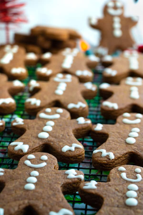 Ginger and Molasses Cookies