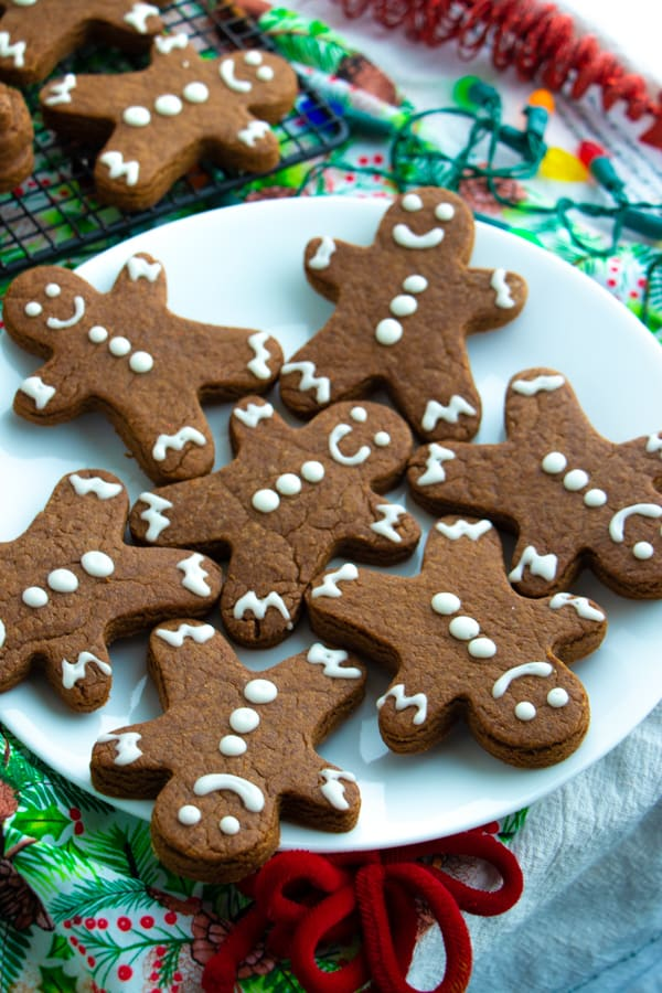 Healthy Homemade Gingerbread Cookies