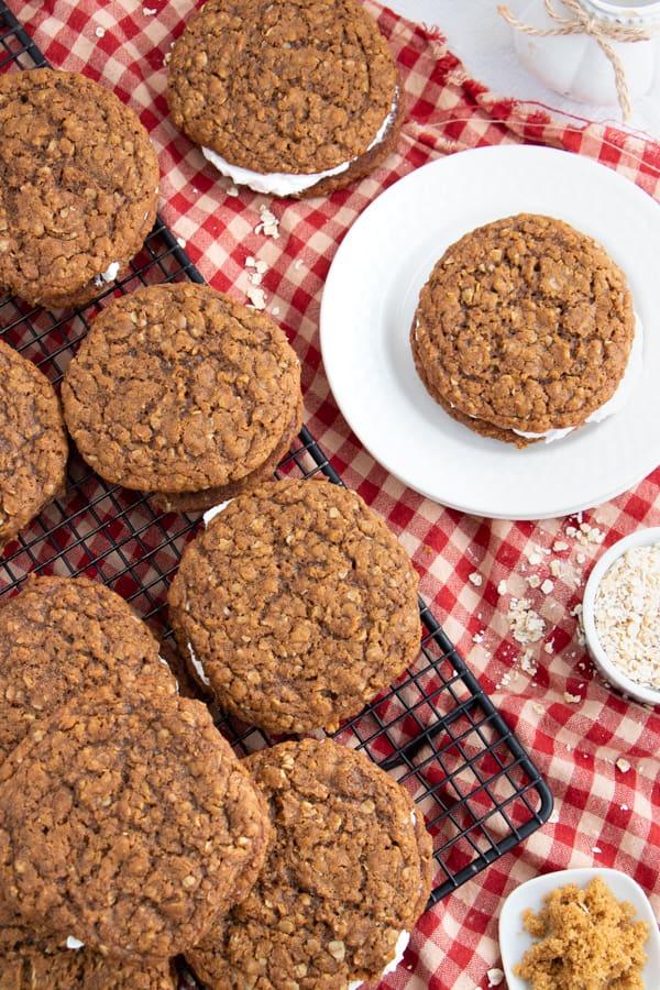 Easy Vegan Oatmeal Cream Pies