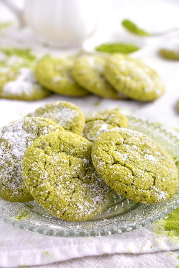 Easy Matcha Crinkle Cookies