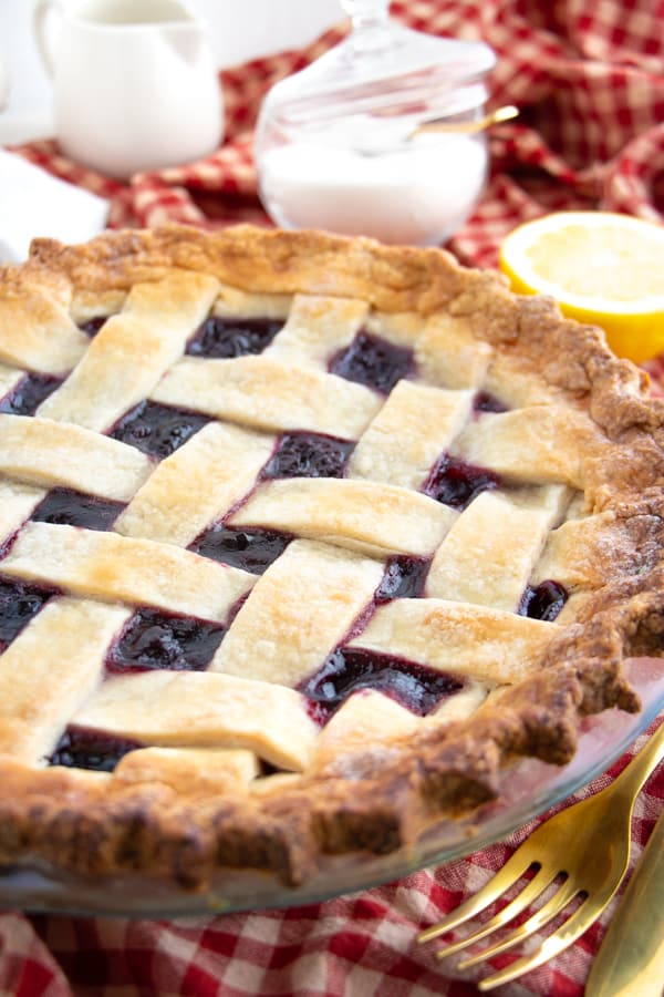 Easy Vegan Cherry Pie