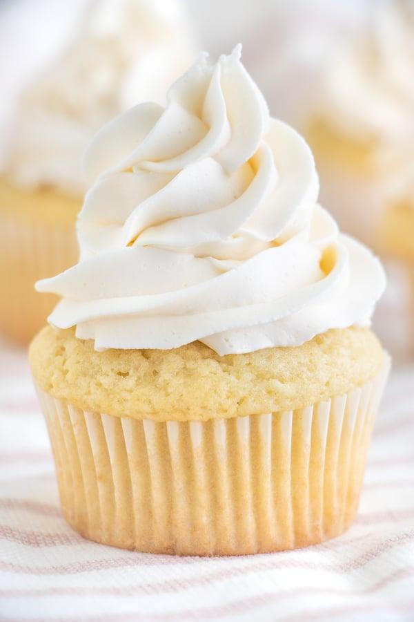 Best Vegan Vanilla Cupcakes