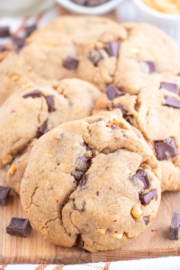 Chocolate Peanut Butter Vegan Cookies