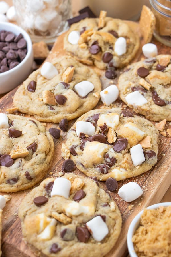 S'mores Cookies with Graham Crackers