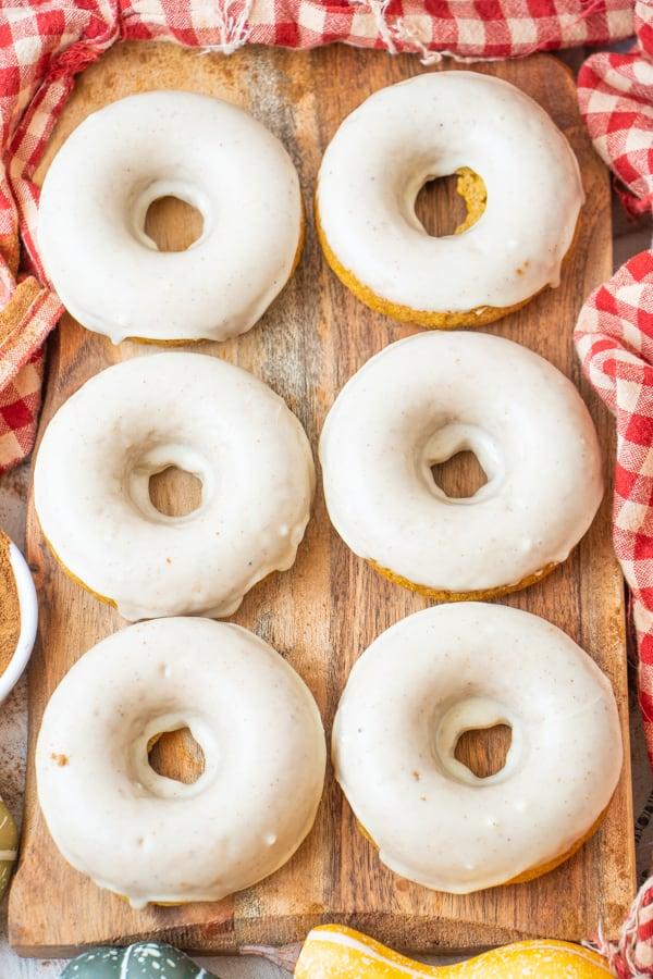 Vegan Pumpkin Doughnuts